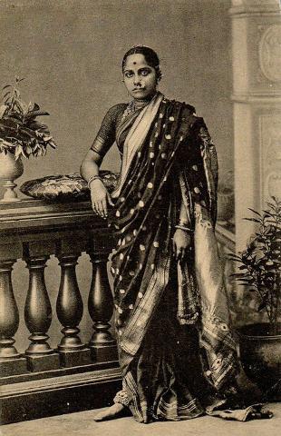 Marathi_Women.jpg